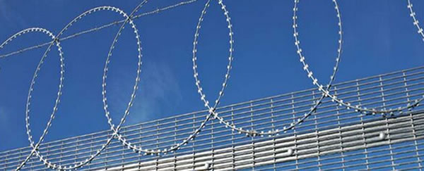 High Security 358 Mesh Panels with Razor Wire Tops