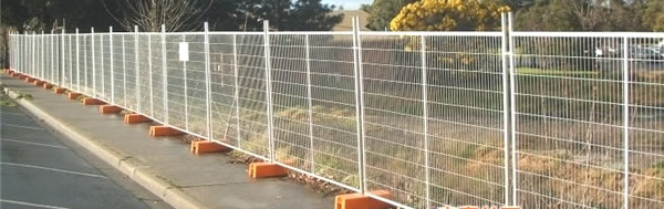 Hot Dipped Pre-Galvanized Wire Mesh Welded Fence with Posts